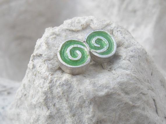 Green Swirly Silver Studs