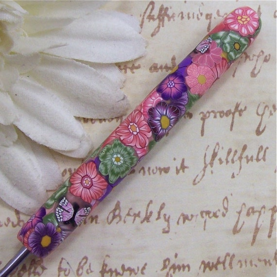 Susan Bates Polymer Clay Covered Crochet Hook, Size F
