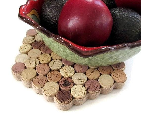 Honeycomb Wine Cork Trivet - Wedding Christmas Hostess Housewarming Gift Rustic Kitchenware Home Decor