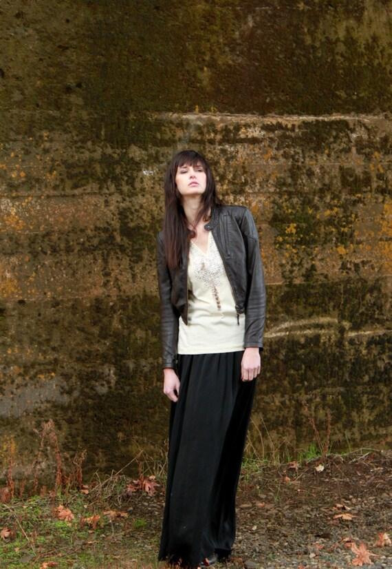 Boho chic tunic - women's shirt  with geometric lace insert and cool ivory jersey - medium