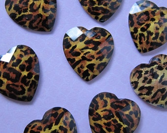 10 pcs Cheetah Jewel Heart Cabochons