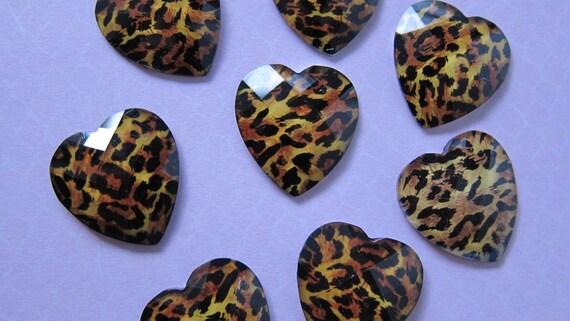 10 pcs Cheetah Jewel Heart Cabochons