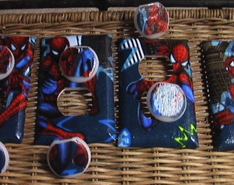 Spiderman Set Single Switch Plate and 3 Outlets includes child safety plugs