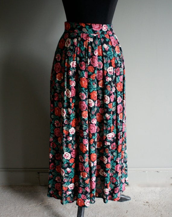 80s Floral Falling Roses Skirt (s-m) sale