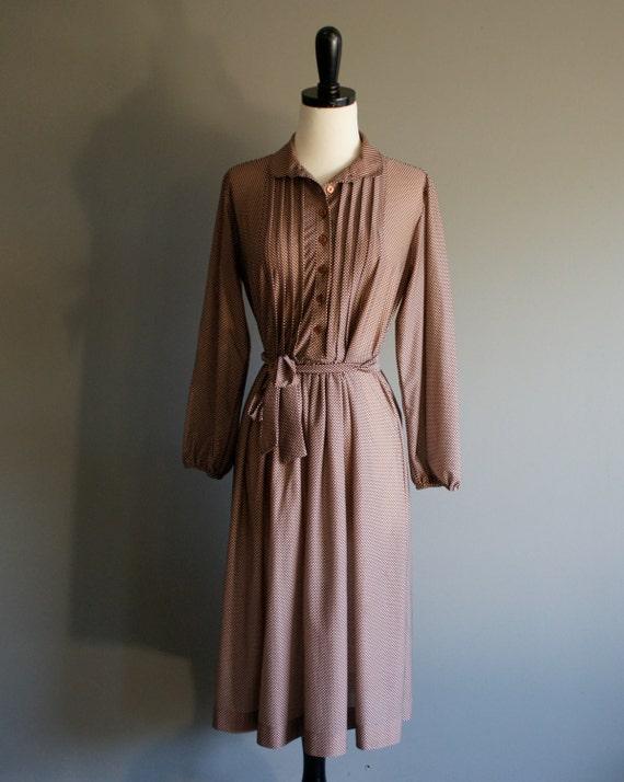 vintage 70s brown tiny polka dot secretary dress (m-l)