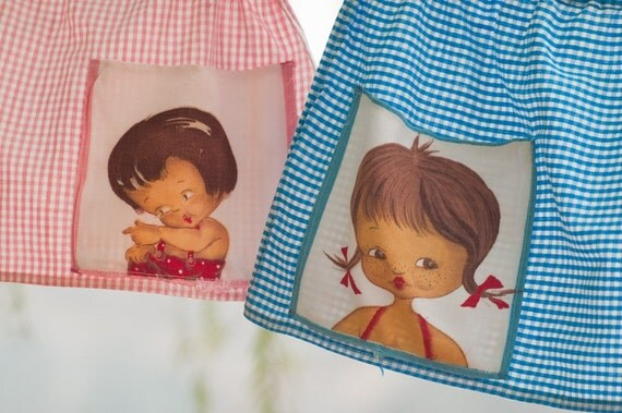 VINTAGE little girl apron 1950 1960 pink baby blue checkered cotton cute kitchen decor baby bedroom nursery room decor