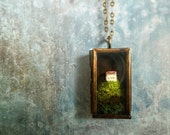 Miniature House Moss Terrarium Necklace. Over the Hills and Far Away.Terrarium Moss Jewelry