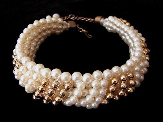 SALE - Winter Pearls Choker