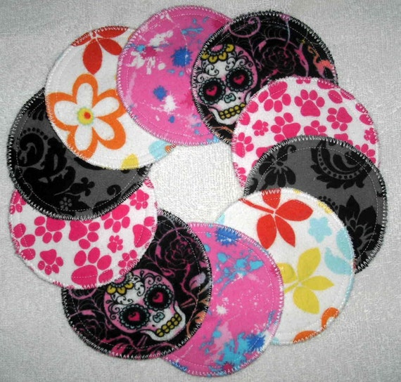 handsewnbyme 5 Sets Of Contour Nursing Pads, Mama Pads, Breast Pads, Baby Shower Gift In Fun  Flannel Prints With PUL Layer