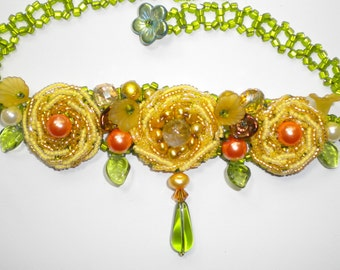 Buttercup Beaded Rose Necklace