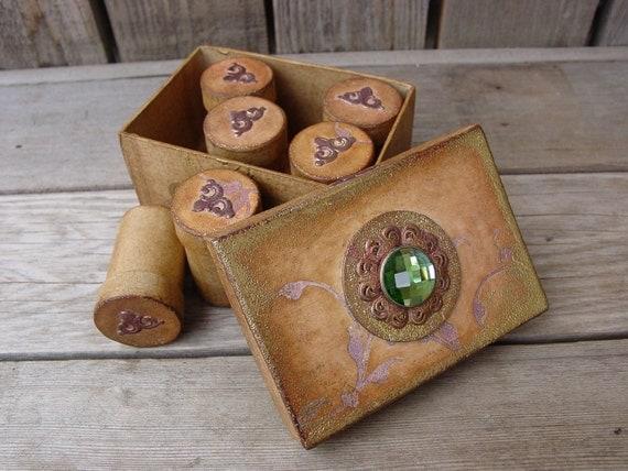Trinket Box in Vintage Gold with Sage Green Gem