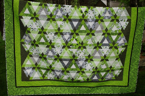 Great Modern Queen Quilt in colors of spring green, black and white