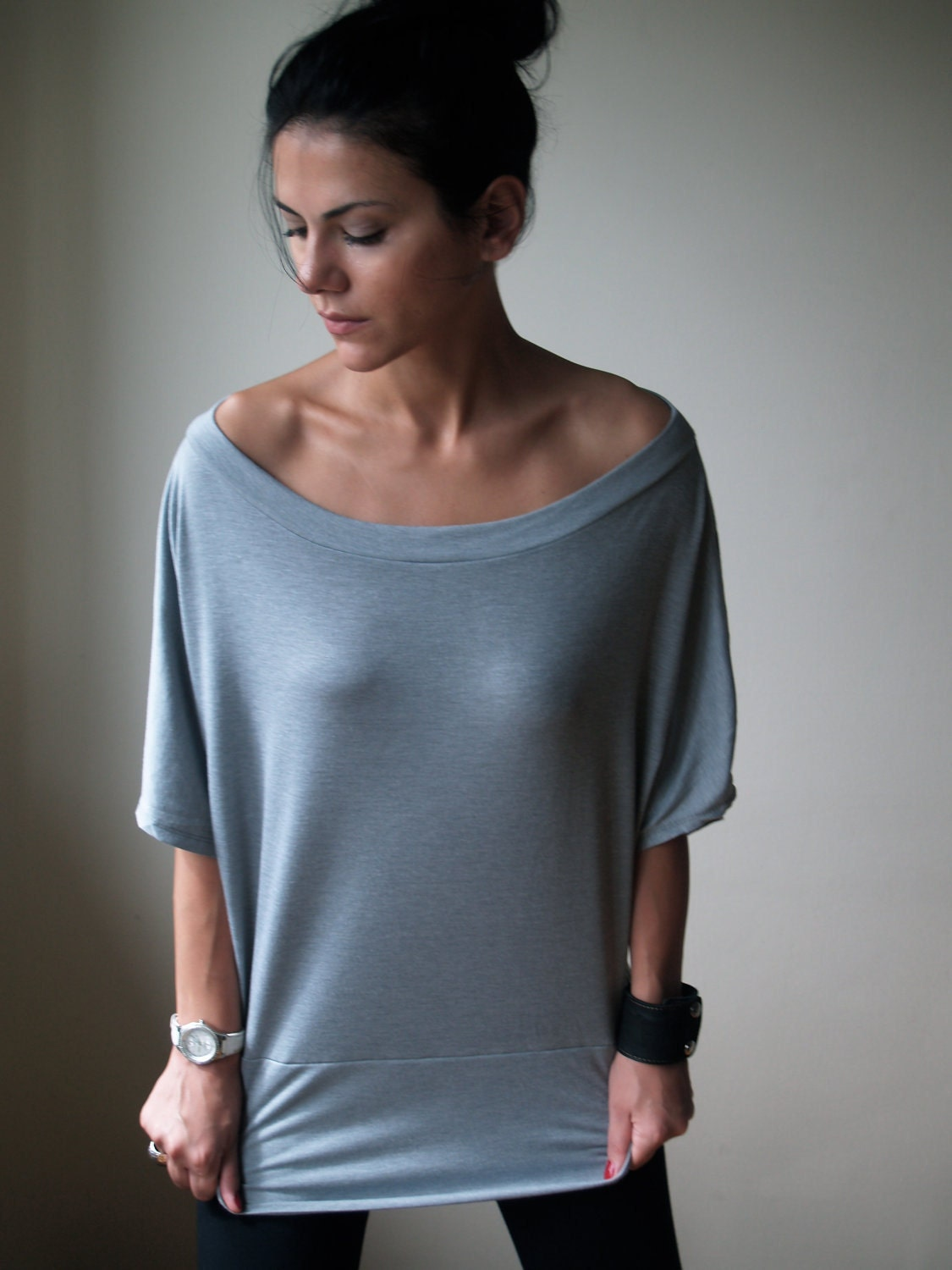 Slouchy Oversized Off Shoulder Top / Marcellamoda MB0041