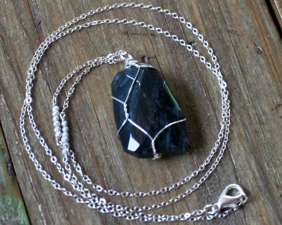 SALE Deep Navy Agate Pendent Necklace with Tiny Pearls