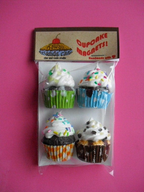 Cupcake magnet four pack