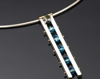 Ladder Necklace, Set with Peridot