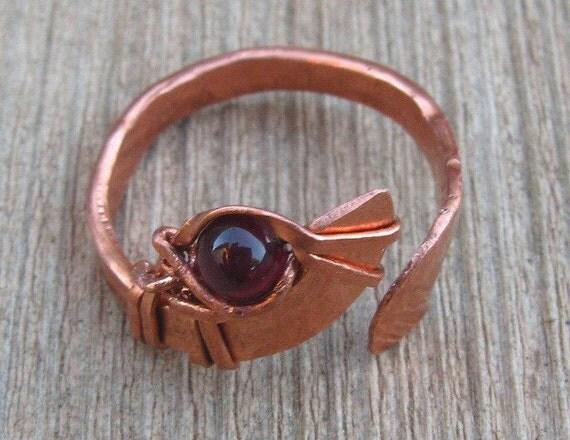 Garnet Bird's Eye Ring, Valentine Sale, adjustable - size -able,Capricorn Birthstone, January birthstone, hammered copper