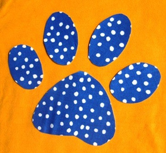 Iron On TEAM SPIRIT Applique - Paw Print - your choice fabric color