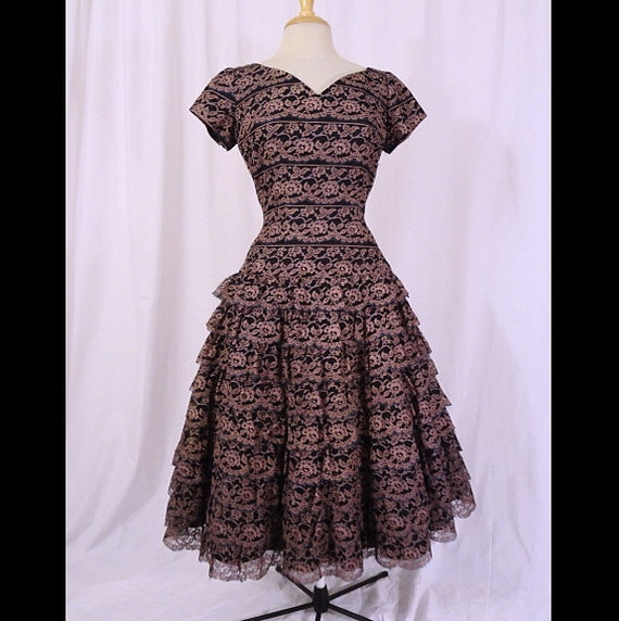 Vintage 50s Dress Romantic Tiered Spanish Lace New Look Nipped Waist 1950s Party Dress M