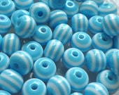 60pcs Striped Resin Plastic Beads Baby Blue/ White 8x7mm