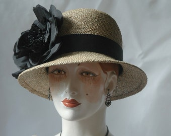 Ladies Straw Hat, Black Silk Rose