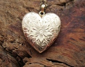 VINTAGE Art Deco 10K Solid Yellow Gold Heart-Shaped Locket with Engraved Floral Motif by Esemco