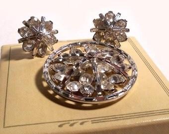 Vintage Crown Trifari Large Crystal Rhinestone Pin Brooch & Earring Set Alfred Philippe Pat. Pend