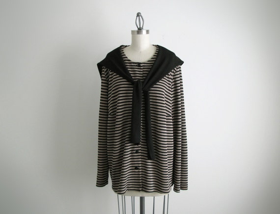 Vintage black and camel stripe top with collar.(SALE)