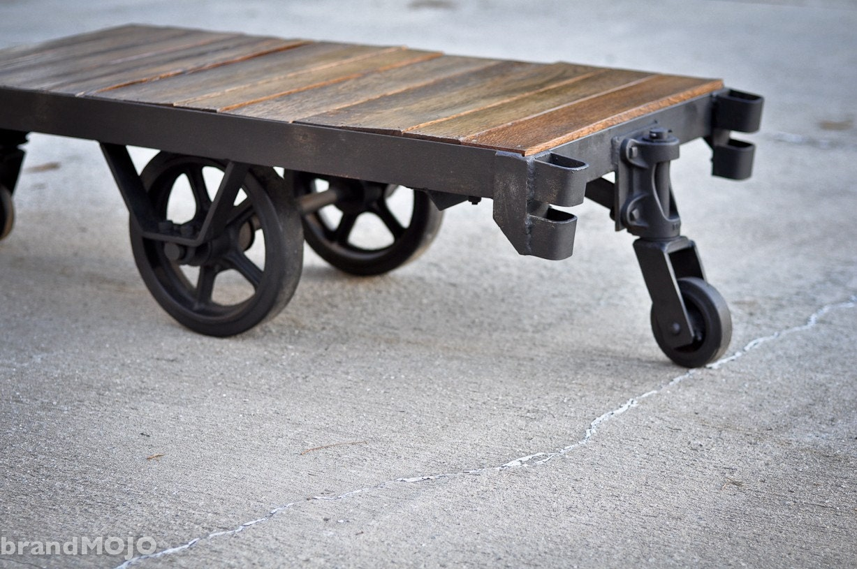 vintage industrial factory cart coffee table rubber wheels. Black Bedroom Furniture Sets. Home Design Ideas