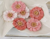 BRAND NEW: Primmer's Peach Pink fabric flowers with button center
