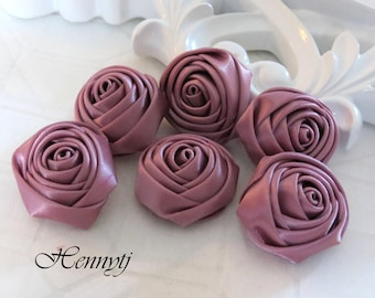 New to the Shop: Set of 6 - 25mm Adorable PETITE Rolled Satin Rose Bud. Satin Rosettes Fabric flowers - Magenta
