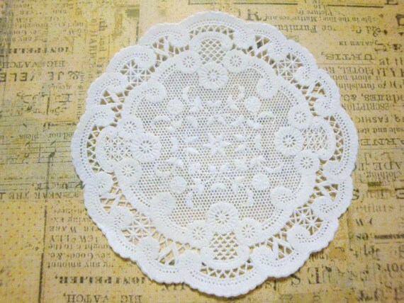 SMALL French Lace Paper Doilies, Pack of 100