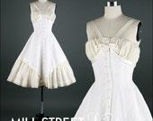 Vintage 1950s Dress . Ivory Organza . Shelf Bust . Halter . XS/S . 1308
