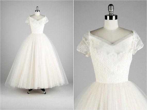 R E S E R V E D .... Vintage 1950s Wedding Dress . White