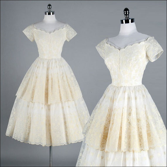Vintage 1950s Dress . Ivory Chiffon . Flocked Flowers . Emma Domb . Full Tiered Skirt . S/M . 1540