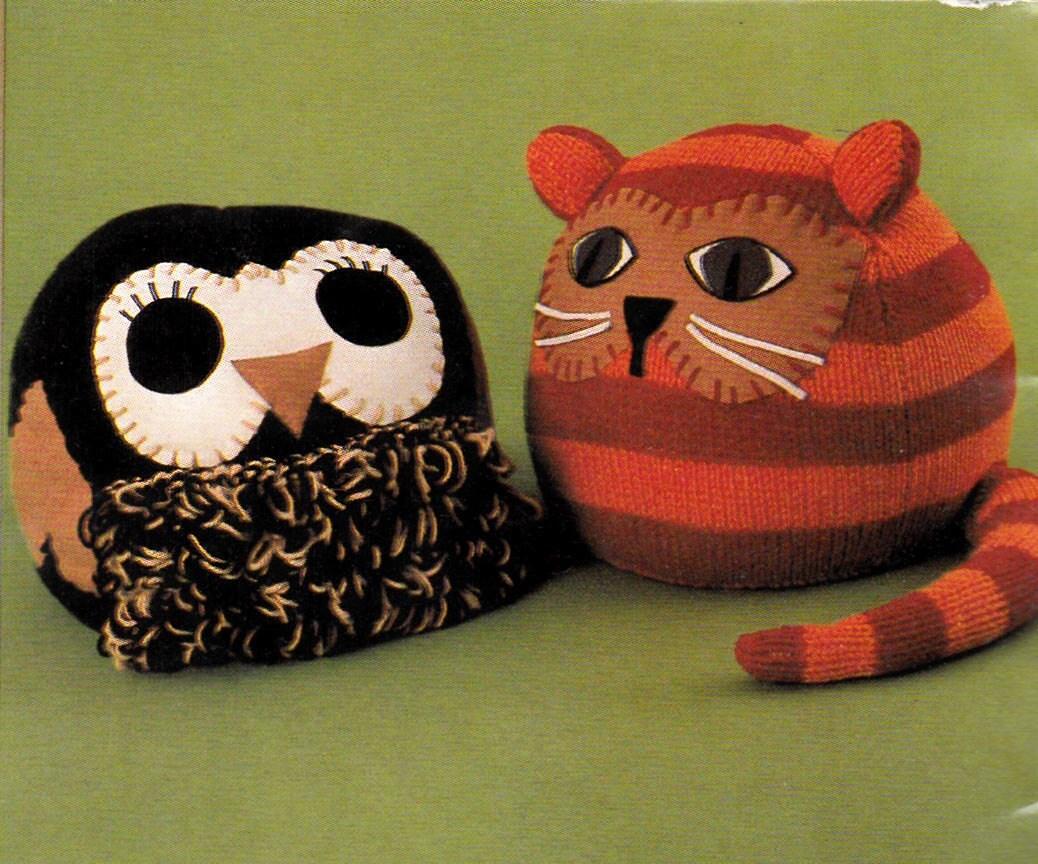 Vintage Knitting Patterns Toys : Vintage Crochet Knitting Patterns Toys Tea Cozies Dog Coats