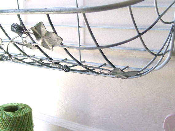 Vintage White Shabby CHic Wrought Iron HAnging Wire Basket