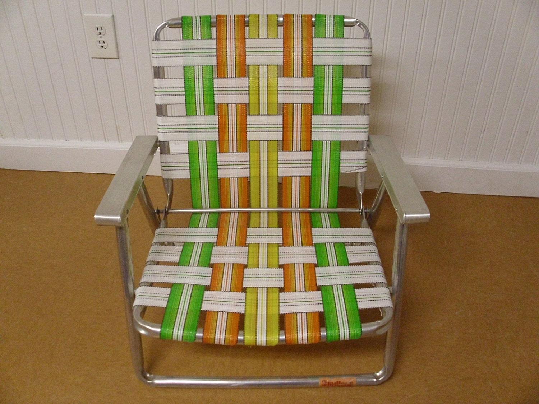 Vintage folding beach chairs -  Vintage Webbed Aluminum Beach Chair Zoom