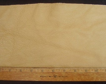 UPHOLSTERY LEATHER PIECE Cowhide Lt Brown Lt Wt 1/2 Sf