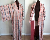40% OFF SALE Vintage Kimono / Vintage Robe / Japanese Kimono