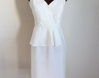 Vintage 1980's White Peplum Waist Fitted Dress (s-m)