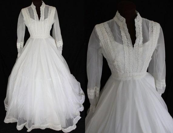 1960s Wedding Dress / Ivory Wedding Gown / Boho Wedding Dress