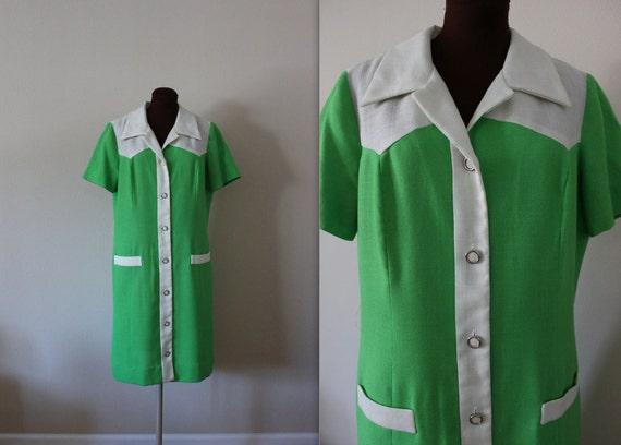 40% OFF SALE 1960s Shirt Dress / Shift Dress / Green Dress (xl)