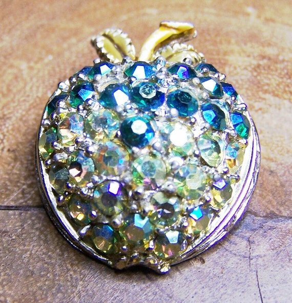 Rhinestone Green Apple Brooch Unsigned