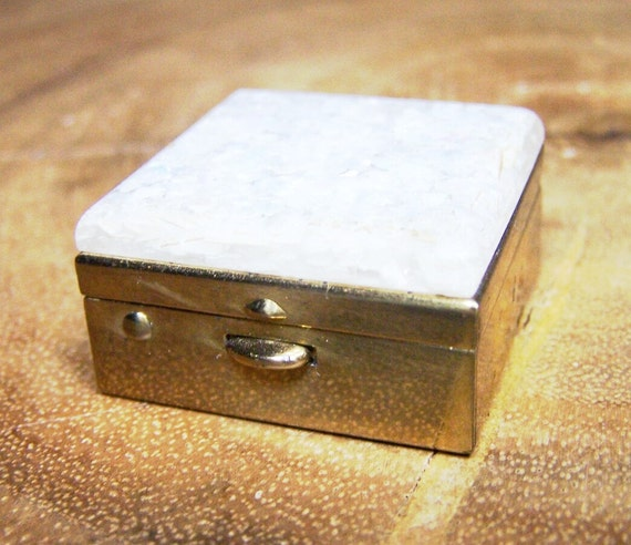 Hinged Pill Box with Confetti Lucite Lid Unsigned