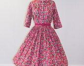 1950s 50s Dress, Pink Hibiscus Floral Print Cotton Fitted Shirtwaist Garden Party Dress, Full Skirt, Belt, Serbin Shirtwaister