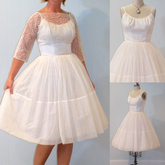 1950s Wedding Dress / Vintage 50s White Organza Formal Prom Party Dress & Floral Lace Bolero Set, Full Skirt, Bombshell Chic, XXS