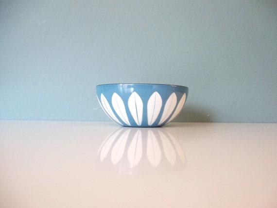 blue cathrineholm enamel bowl 1