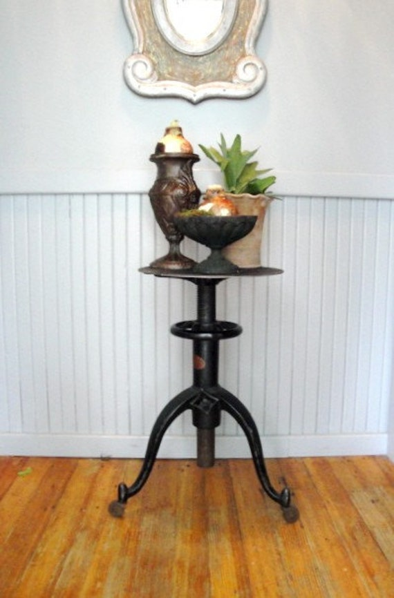 RESERVE LISTING FOR PAPANZOMBIES ANTIQUE INDUSTRIAL CAST IRON INDUSTRIAL TABLE