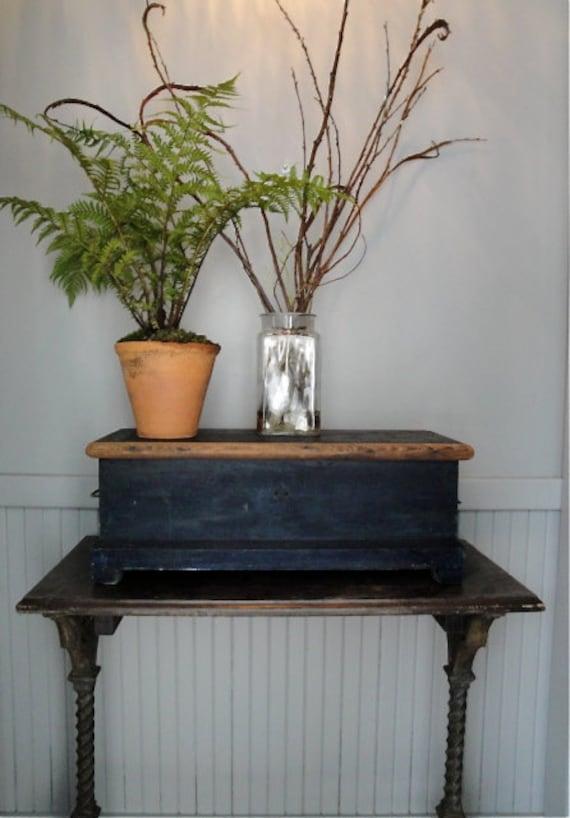 Vintage wood toolbox trunk